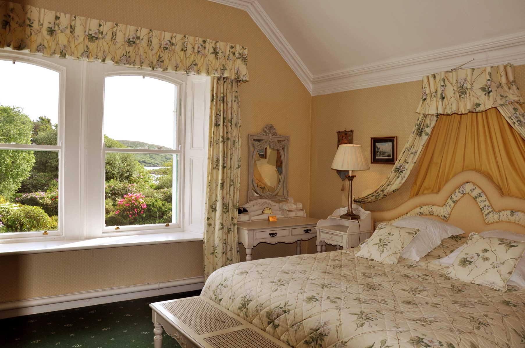 Historic Country House Hotel Accommodation Connemara, with sea views